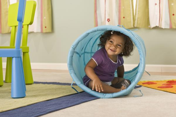 8-indoor-active-play-ideas-from-Mountain-Baby