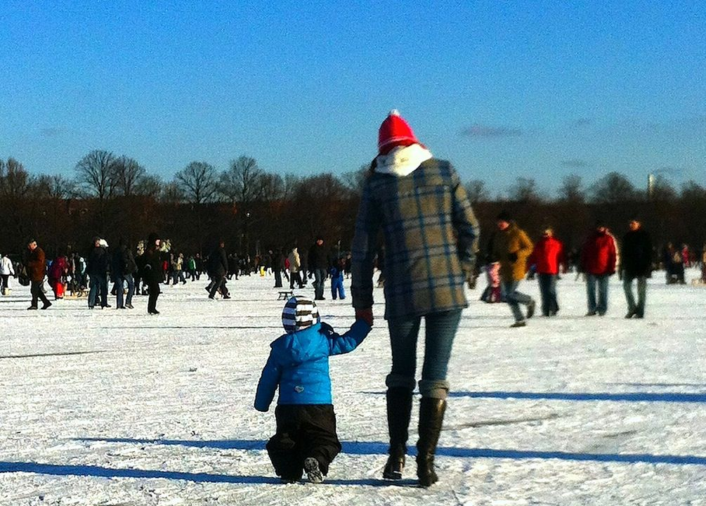 What's The Best Way To Introduce Your Kids To Winter Sports?