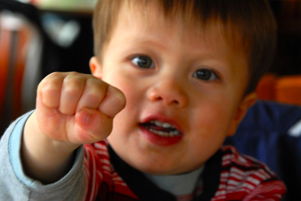 What-to-do-when-your-kid-hits-another-kid_Blog